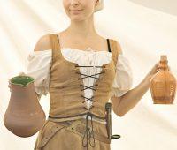 Femme médiévale a pub